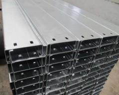 新疆C型钢檩条